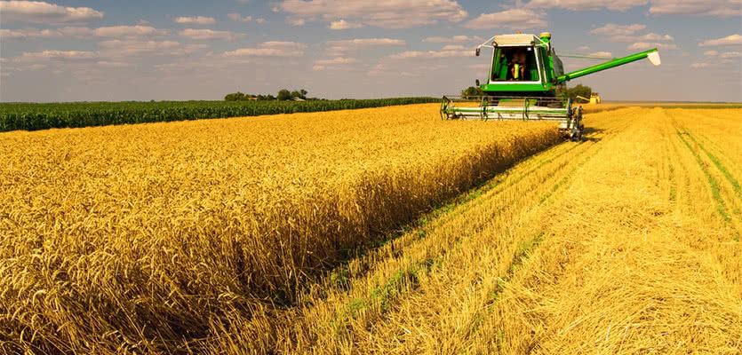 Farm Equipment Leasing and Financing Benefits