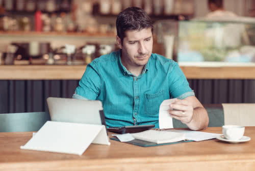 Restaurant owner plans his business tax filing deadlines in 2020